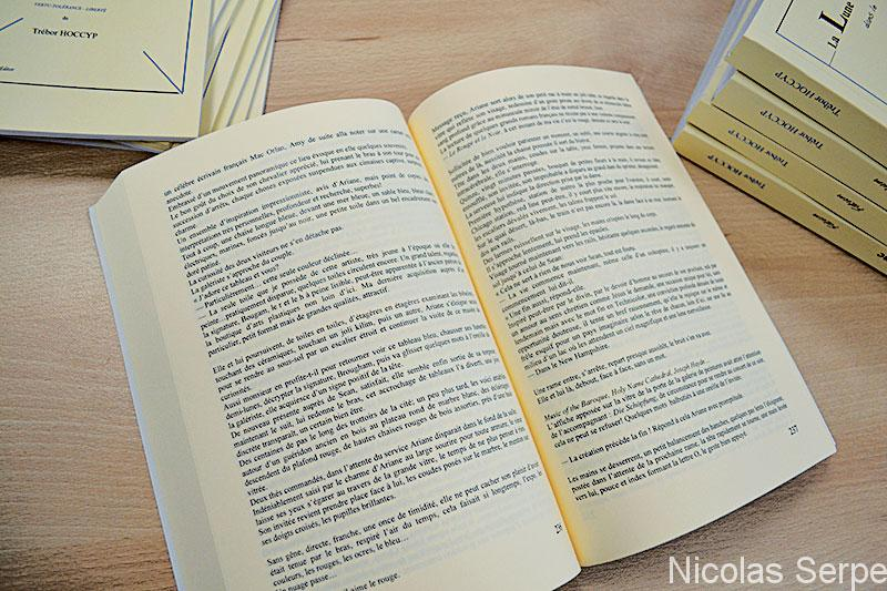 Impression rapide de livres d'auteur et mémoire étudiant, pas cher, en ligne et en quelques exemplaires ou à l'unité. En couleur, dos carré collé, livraison rapide