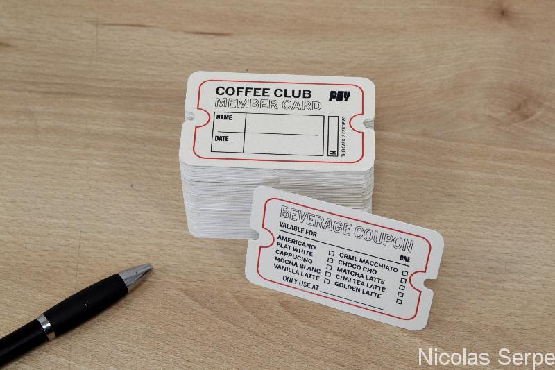 cartes de visite découpées forme libre adapté à tout corps de métier pas cher